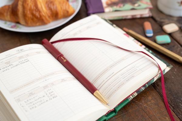 diary_perpetual_macro6.jpg