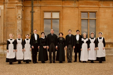 Downton-Abbey-servants.jpg