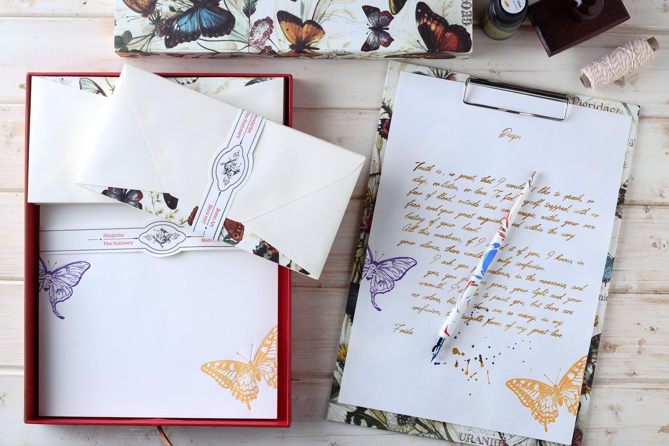 letter_paper_set_butterflies_horizontal.jpg