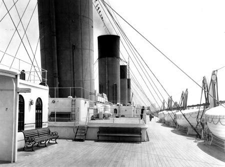Titanic 100