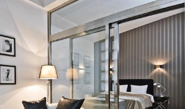 Fémkeretes üvegajtókat minden lakásba!