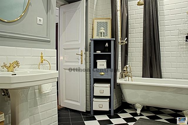 Gyönyörű fürdőszoba egy gyönyörű lakásban