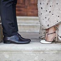 A menyasszony Valentinot, a vőlegény Pradat viselt...