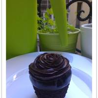Csokoládés cupcake csokoládé ganache-sal