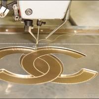 Képriport: Így készül egy Chanel táska