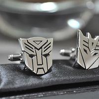 Napi kedvenc: Transformers mandzsettagomb