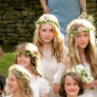 Kate Moss 13 éves féltestvére, Lottie modellként debütál