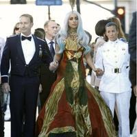 Love or Hate? - Lady Gaga újra McQueenben