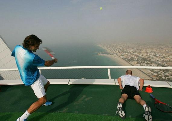 Burj-Al-Arab-Tennis-Court-03.jpg