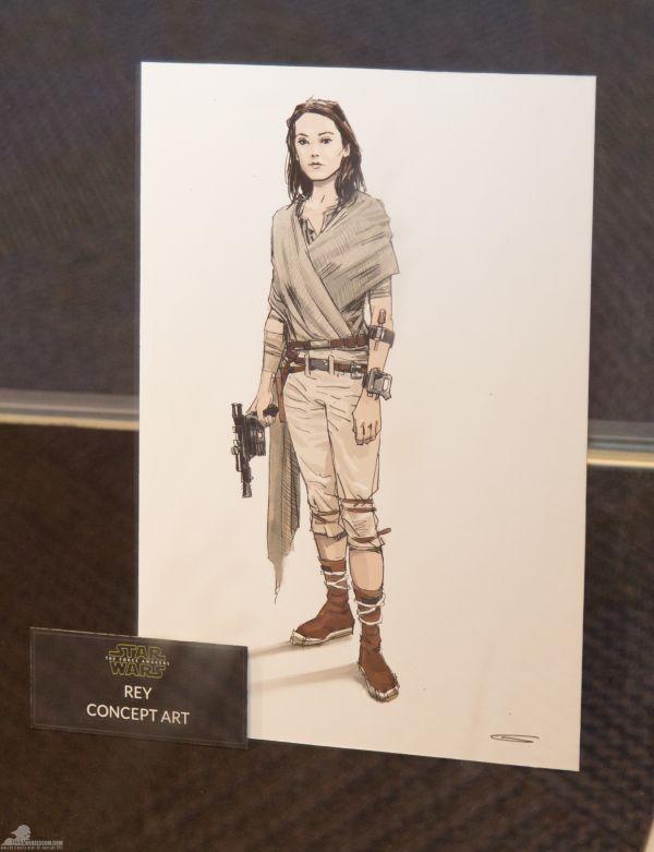 A filmben Daisy Ridley alakítja Reyt. Itt a jelmez egyik látványterve látható.<br /><br />(fotó: rebelscum.com)