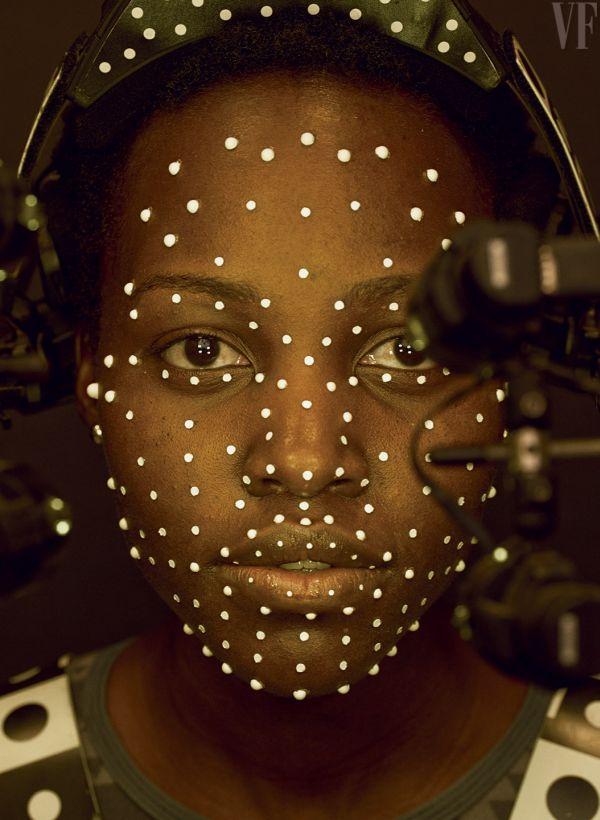 Lupita Nyong'o játssza a kalóz Maz Kanatát, akit az Industrial Light & Magic animátorai keltenek életre.