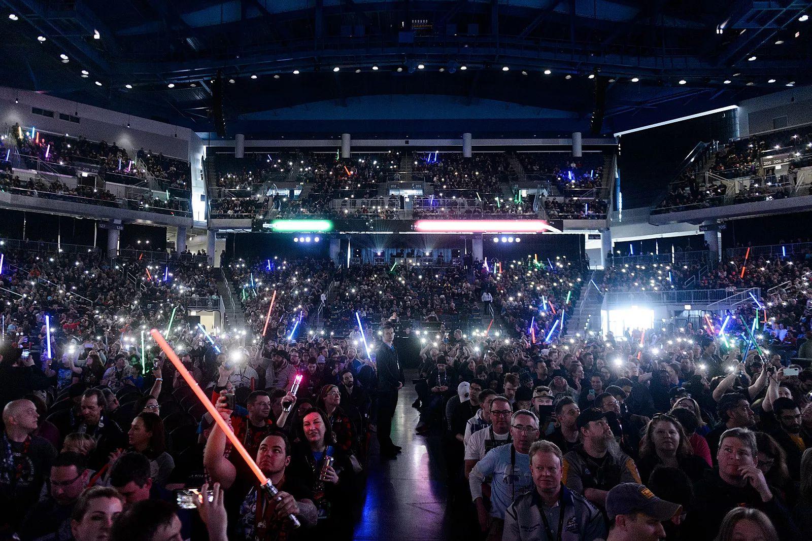 Megtelt a Wintrust Arena nézőtere (forrás: Twitter)