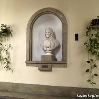 Brunszvik Teréz szobrai - és egy festmény