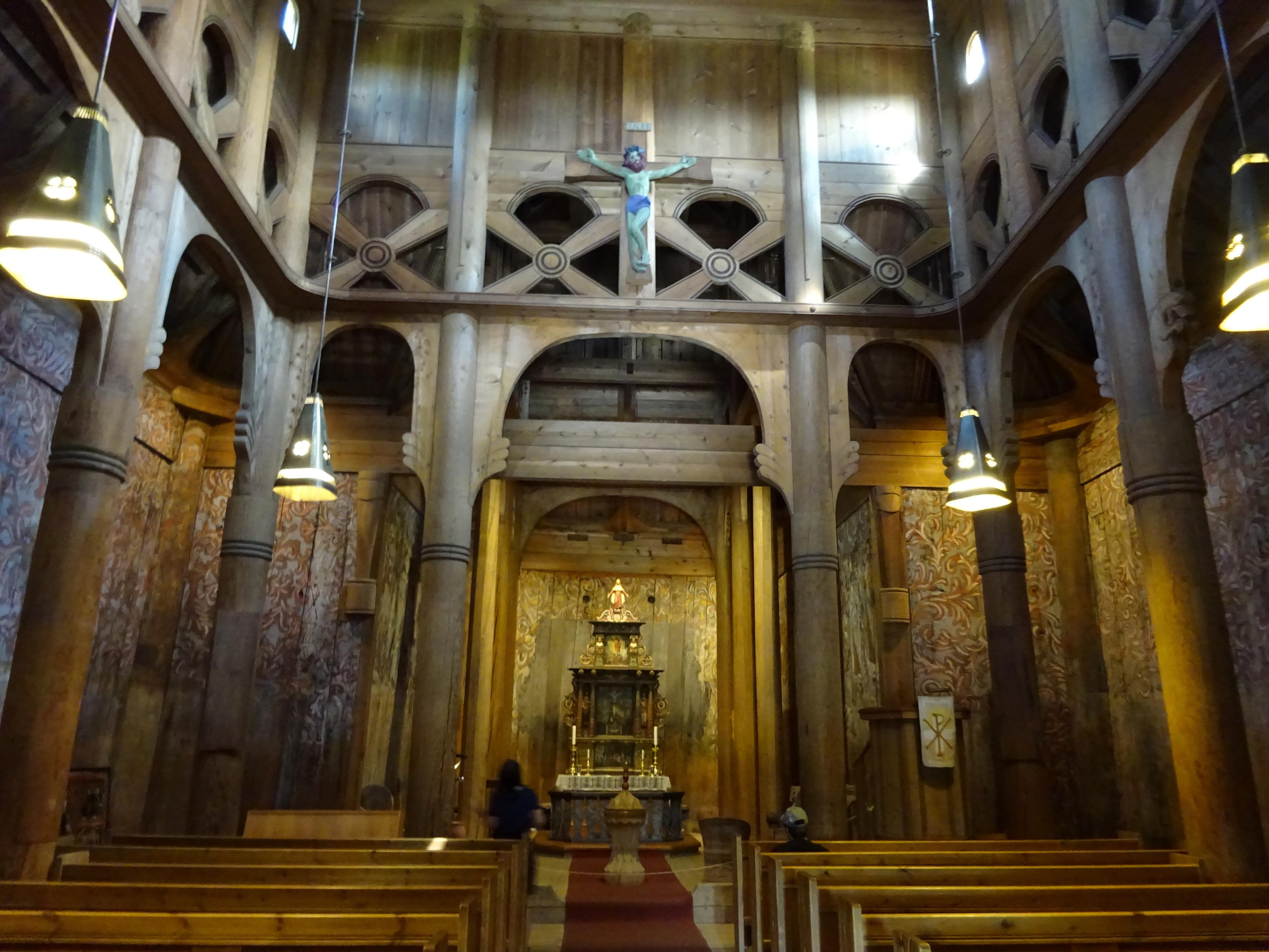 blog_d13s02_heddal_stave_church_011.jpg