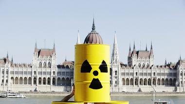 Képes-e a magyar atomhatóság egyszerre garantálni Paks I. és Paks II. biztonságát?