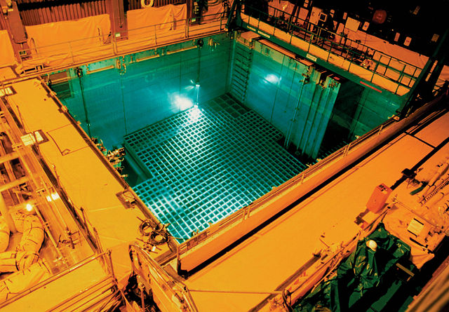san_onofre_nuclear_generating_station_spent_fuel_pool_2014.jpg