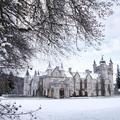 Hat mesébe illő kastély Skóciában, amik télen még szebbek!
