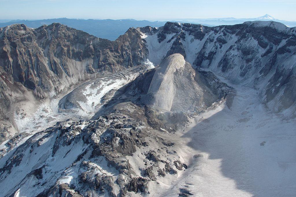 whaleback_mount_st_helens_volcanic_crater_february_22_2005.jpg