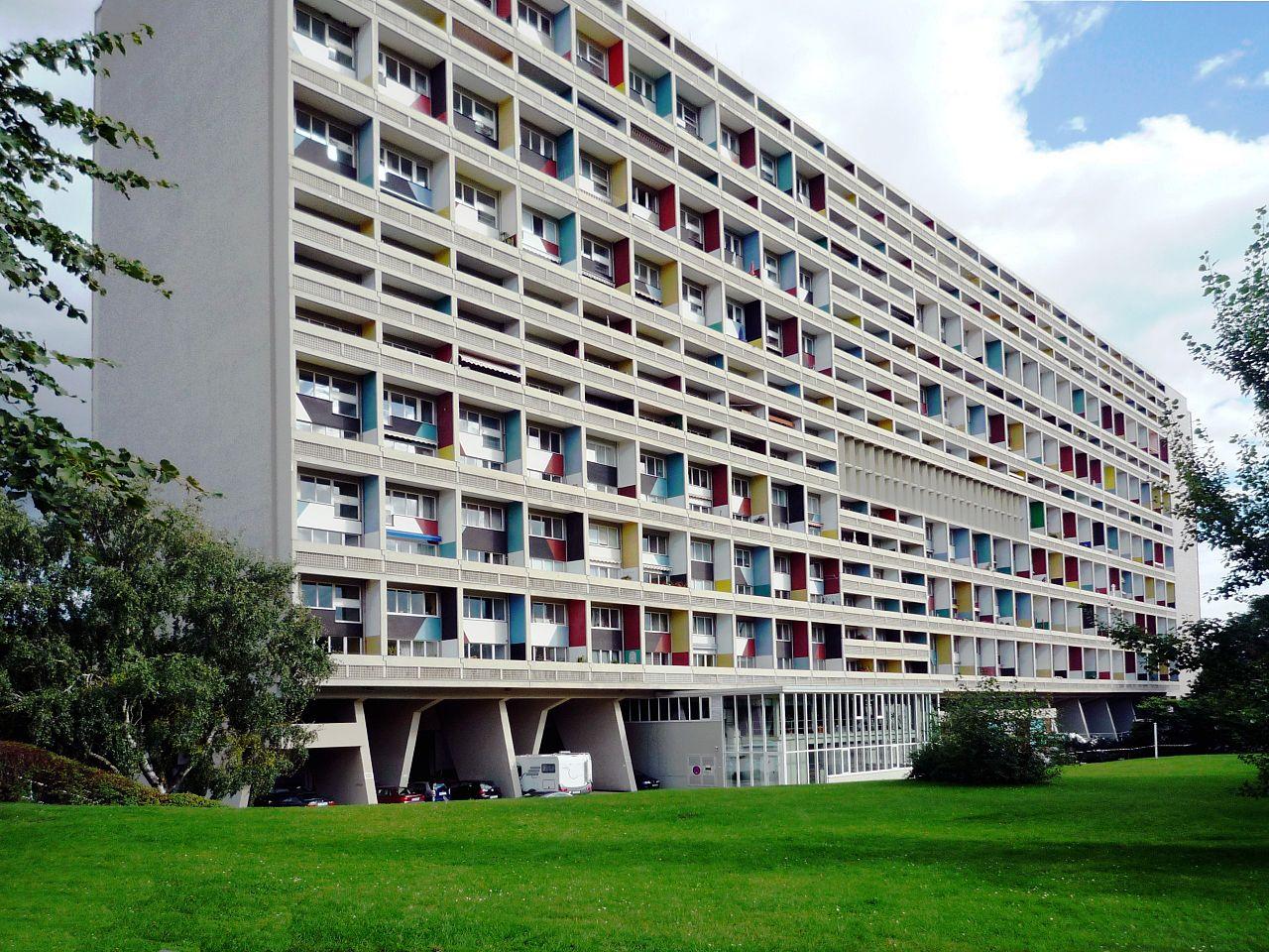 1280px-corbusierhaus_berlin_b.jpg