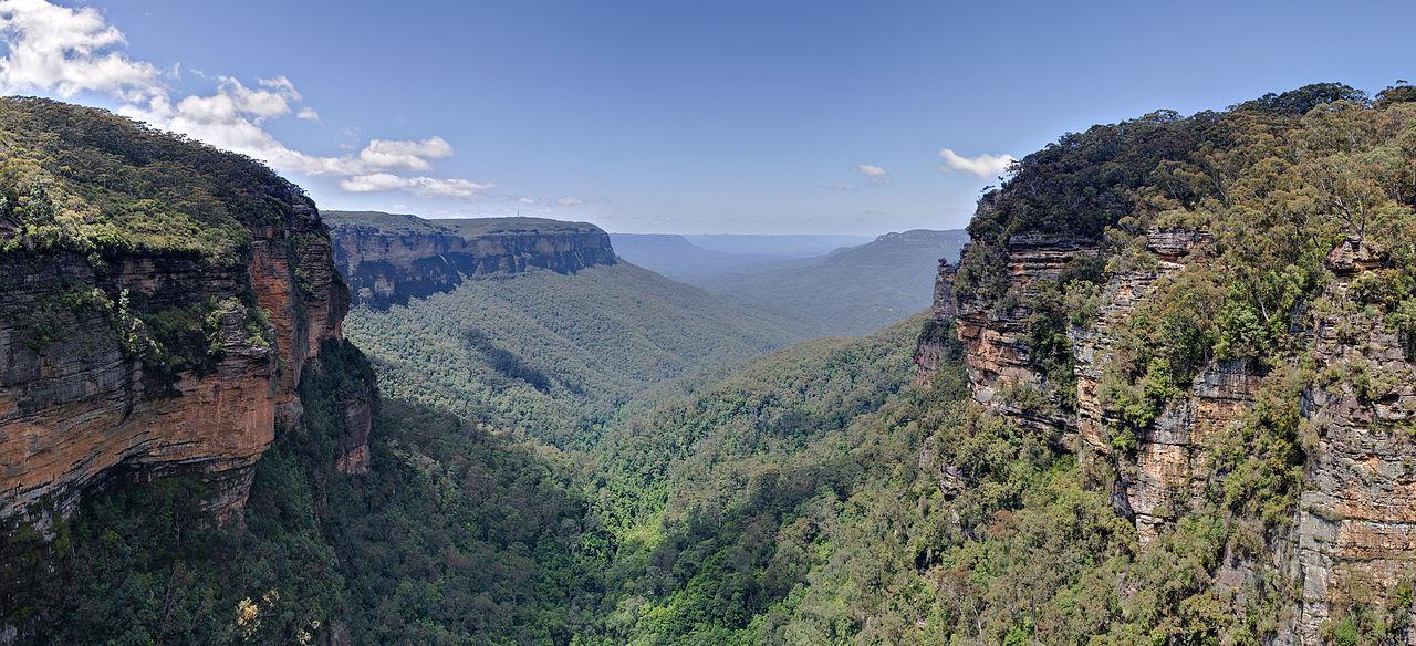 1280px-jamison_valley_blue_mountains_australia_nov_2008.jpg