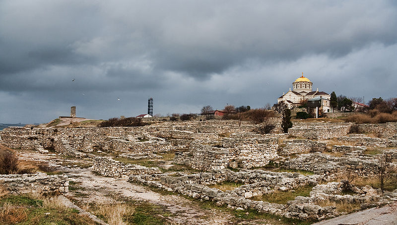 800px-Chersonesos_ruins.jpg