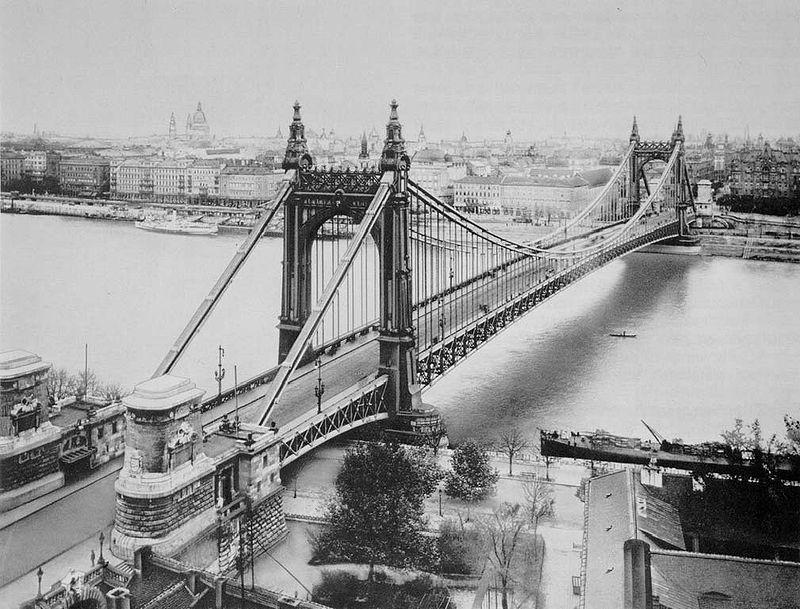 800px-erzsebet_bridge_1903_budapest_hungary.jpg