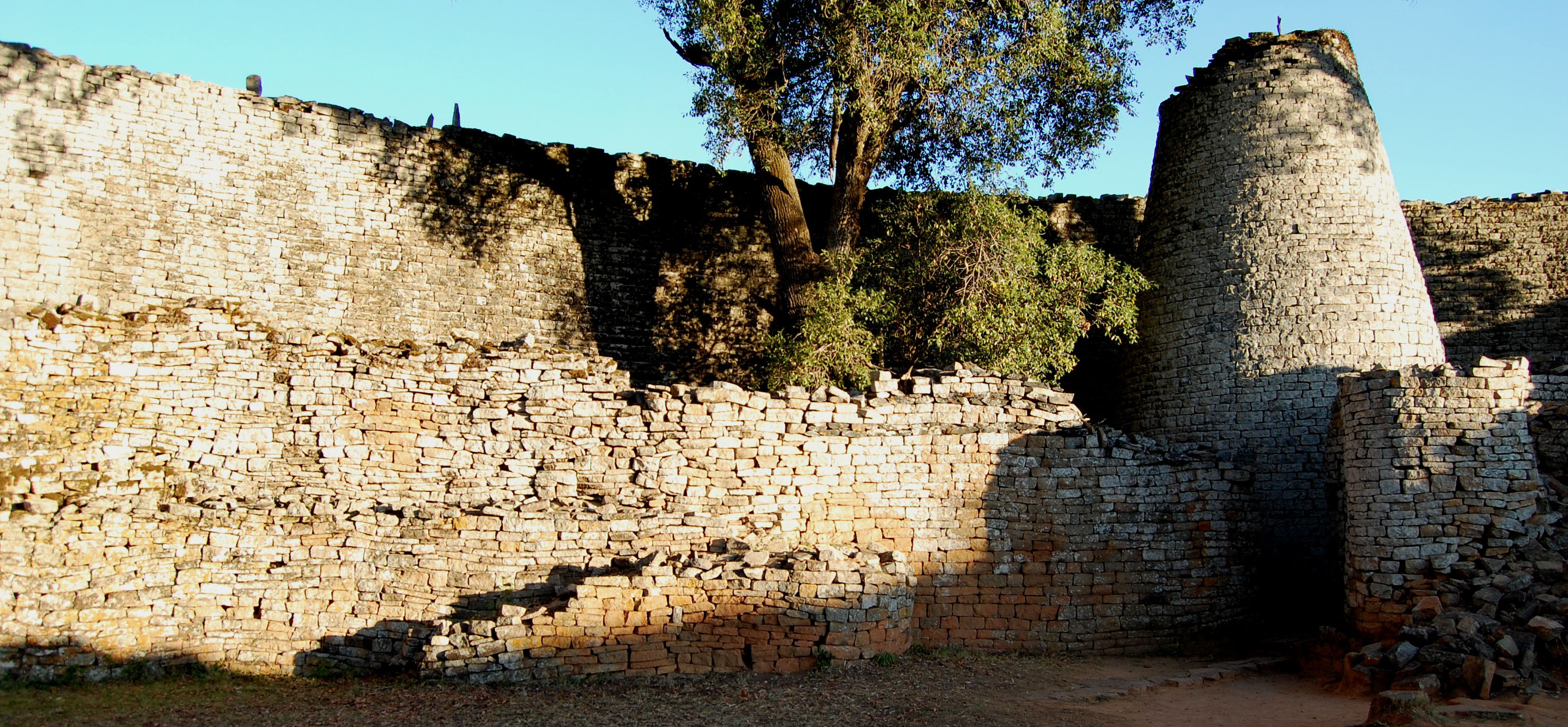 great-zimbabwe-ruins.jpg