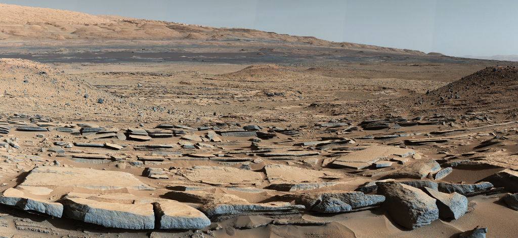 mars-curiosity-rover-gale-crater-beauty-shot-pia19839-br2.jpg