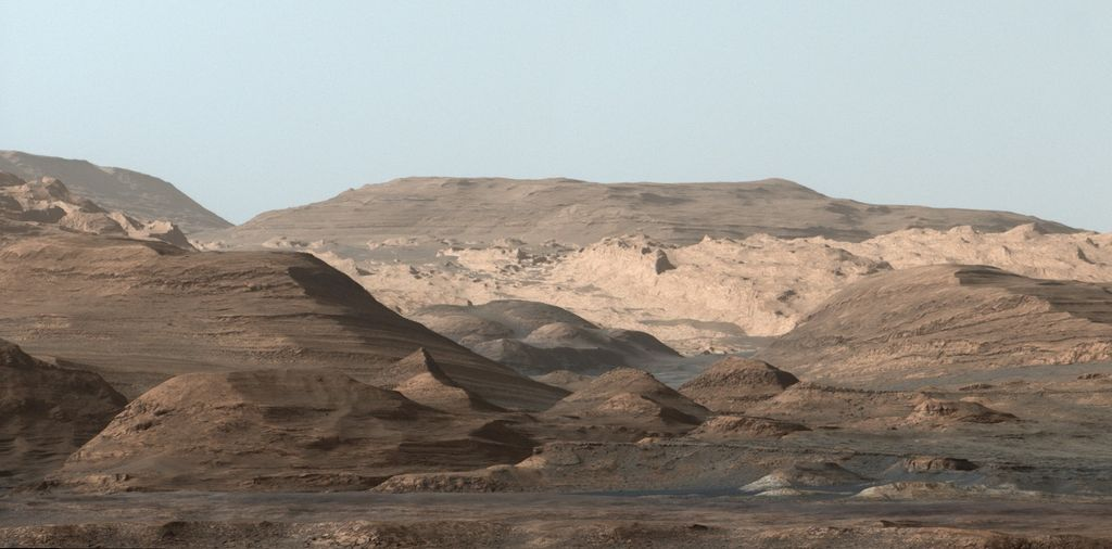 mars-msl-gale-crater-mt-sharp-soil-layers-pia19912-br2.jpg
