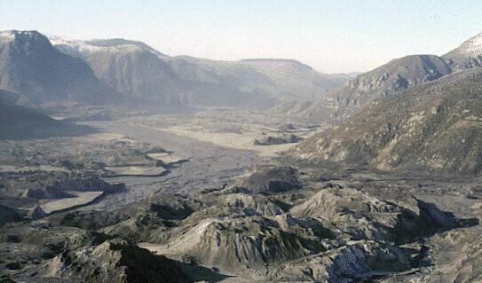 north_fork_toutle_river_valley_in_november_1983.jpg