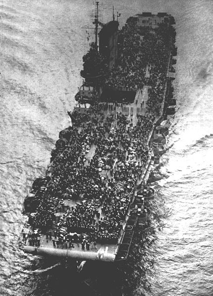 uss_saratoga_cv-3_during_operation_magic_carpet_1945.jpg