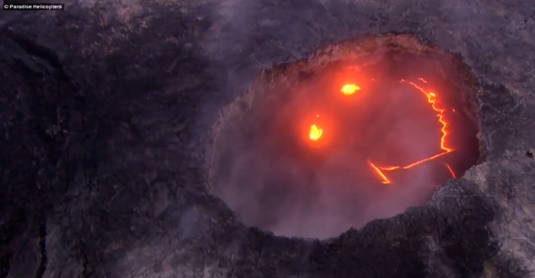 volcano-smile-paradise-helicopters.jpg