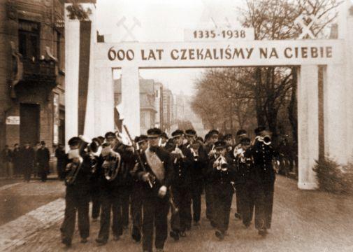 zaolzie_karwina_1938.jpg