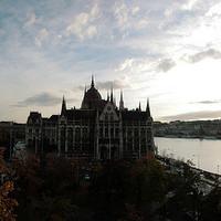 Hungromit - Parlament
