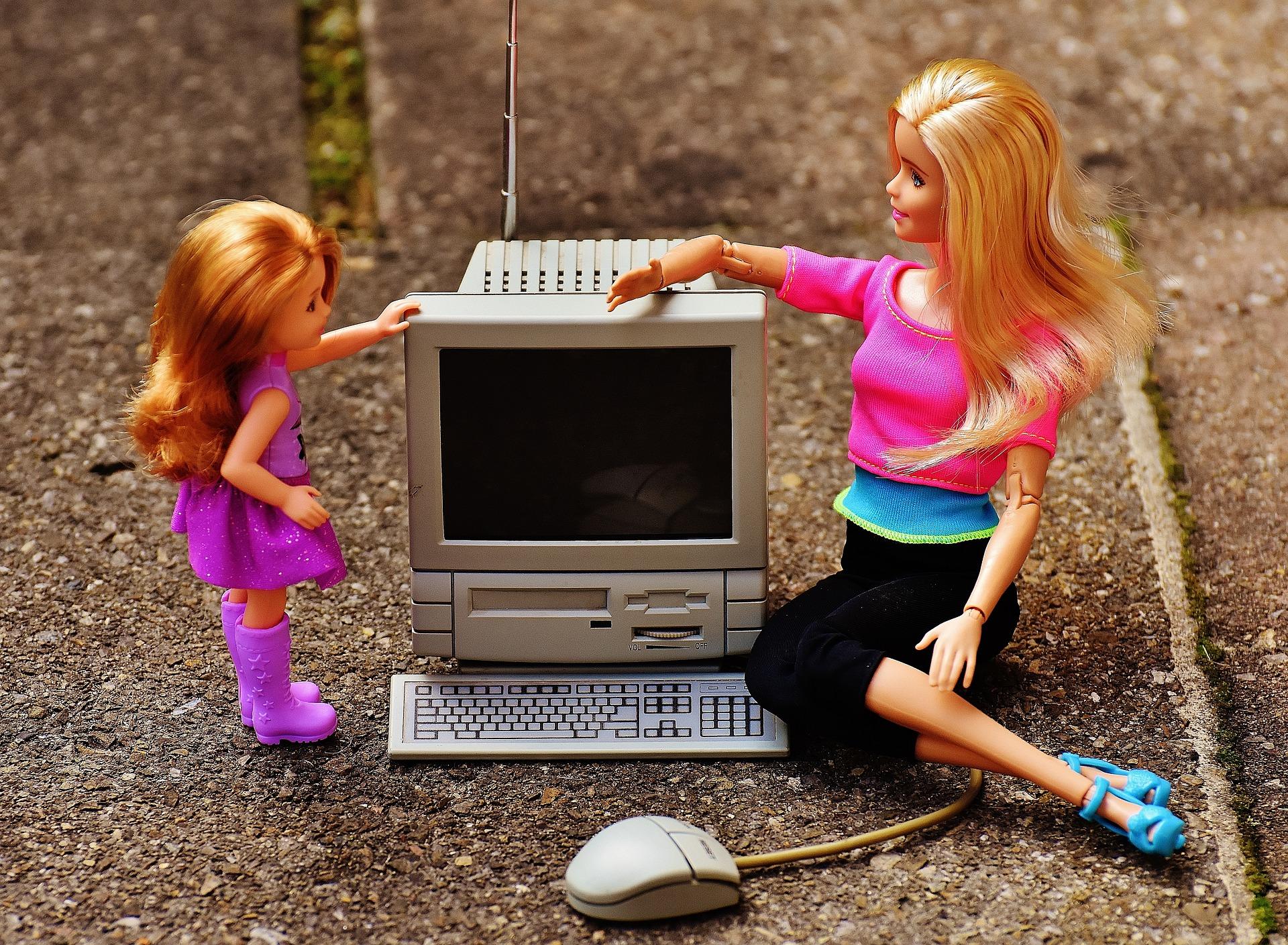 barbie_computer.jpg