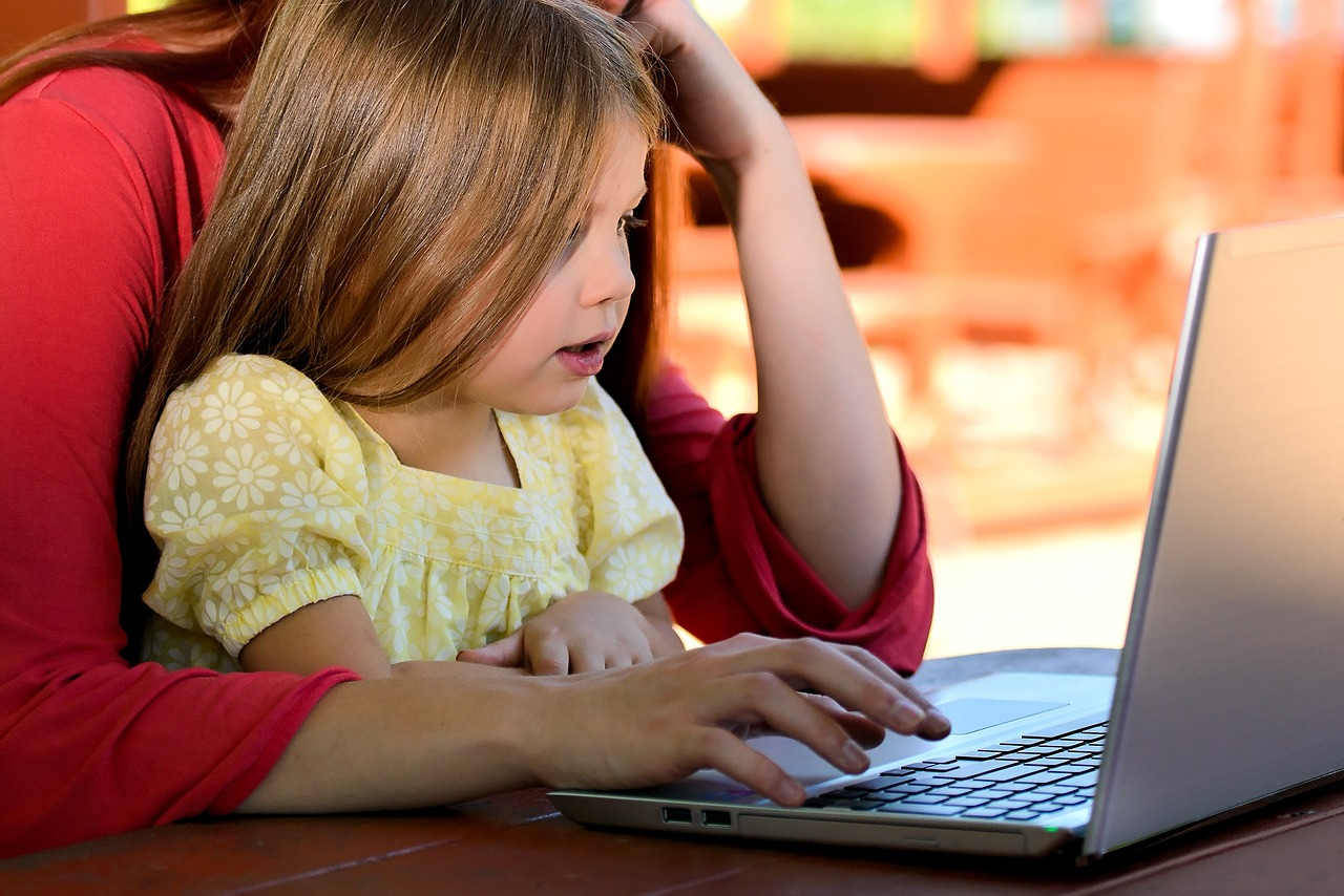 child-computer.jpg