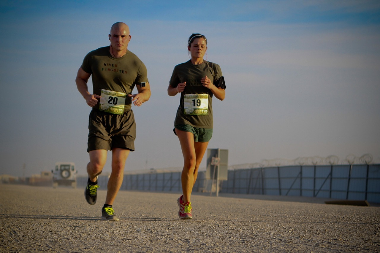 runners-888021_1280.jpg