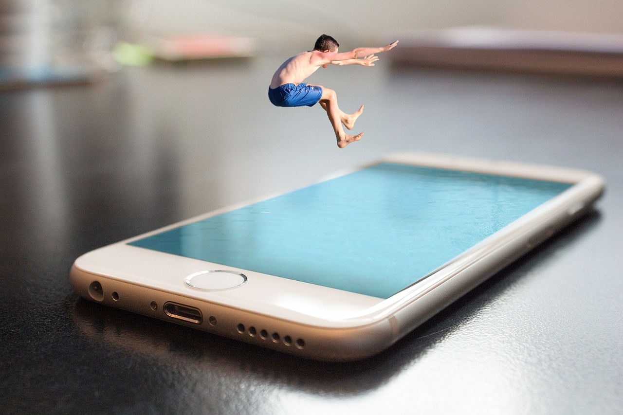 smartphone-summer.jpg