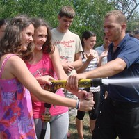 Nyári táborban pallérozódtak a vöröskeresztes diákok