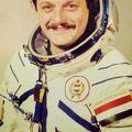 Magyari Béla űrhajós és a kozmosz-allstars: egy barát és gyűjtő elképesztő igaz történetei