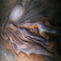 Üvegházhatás a Vénuszon, porviharok a Marson és a Nagy Vörös Folt