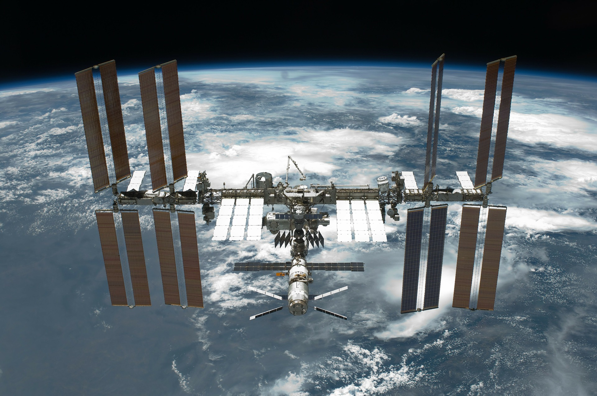 international-space-station-67647_1920.jpg