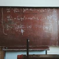 Korkülönbség egyenlet