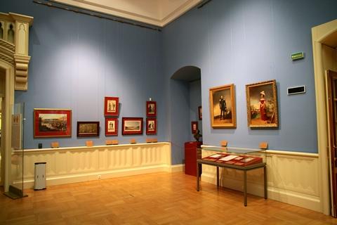 gallery-of-painting-749880_480.jpg