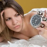5 dolog amit soha ne csináljunk alvás előtt