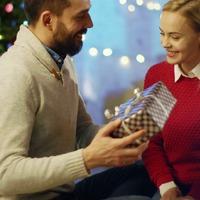 6 remek ajándékötlet, amivel idén igazán örömet szerezhetünk!