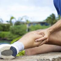 Kínzó lábikragörcs - Mit tehetünk, mitől alakul ki?