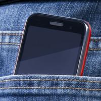 5 hely ahol ne tartsd a mobilodat, mert nagyon káros!