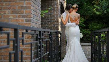 Romantikus esküvő, fényűző környezetben