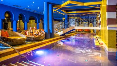 Mesés élmények Egerszalókon a Shiraz Hotelben